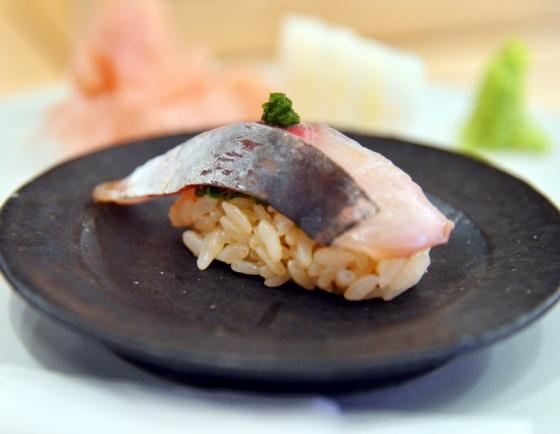 New Sushiya bucks tradition