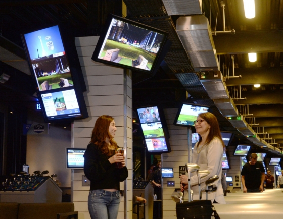 [From the Scene] LG's digital signage displays spruce up Topgolf in US