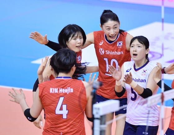 S. Korea beats Chinese Taipei, 1 win away from Olympic women's volleyball tournament
