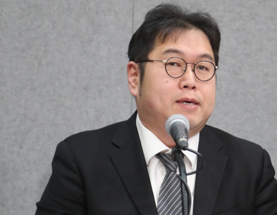 Kim Yong-min steps down from TV show after over 11,000 people sign online petition