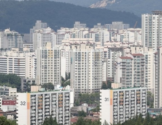 Price gap widens between jeonse, apartment cost