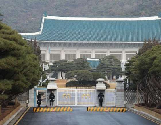 Chinese people's entry to South Korea being effectively controlled: Cheong Wa Dae