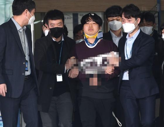 [팟캐스트] (345) 경찰, 조주빈 신상 공개 결정 / 코로나19 자원봉사 손길 이어져
