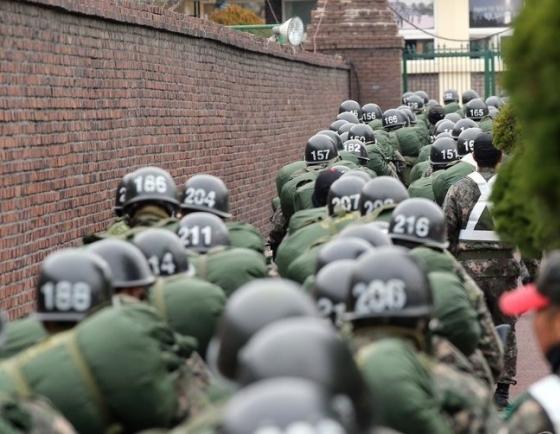 Army to conduct massive field training amid coronavirus concerns