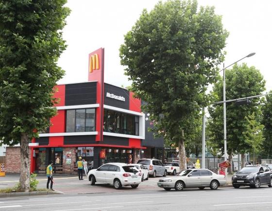 Over 10m use McDonald's drive-thru platform in Q1