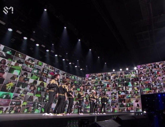 [Herald Review] NCT 127's 'Beyond Live' was unexpectedly intimate