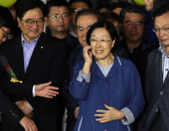 Democratic Party seeks to revisit ex-PM Han's bribery case