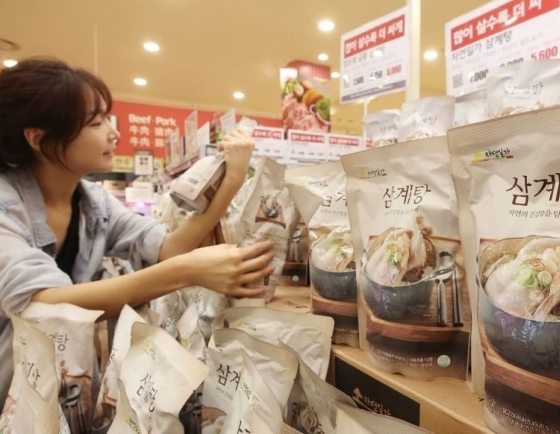 S. Korea's exports of chicken soup jump amid lockdowns