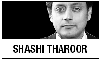 [Shashi Tharoor] The crisis of private microfinance industry in India