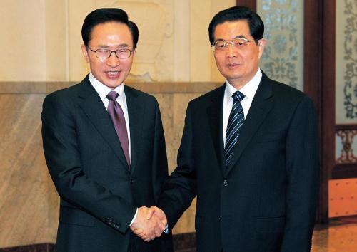 [VOICE] Should Korea sign an FTA with China?