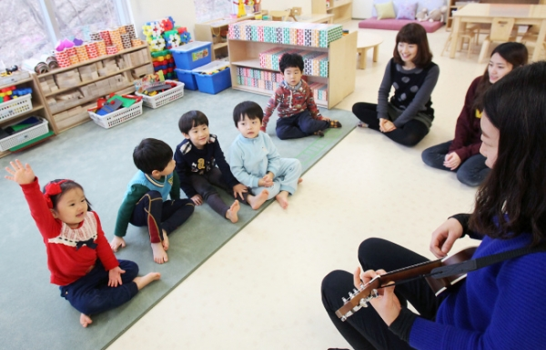 [Voice] How can Korea provide better child care?