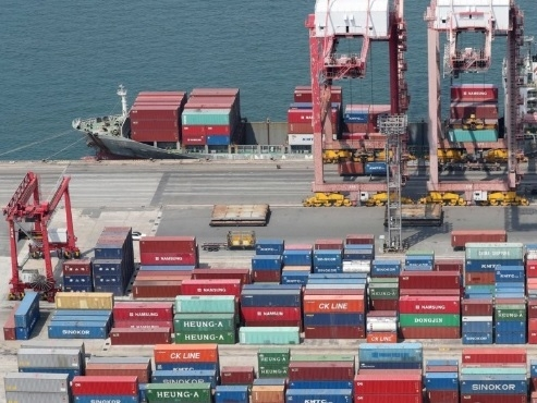 Korea's 2019 growth slowest in decade, Q4 expansion faster than expected