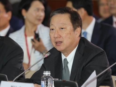 Business groups seek next leaders as terms end soon