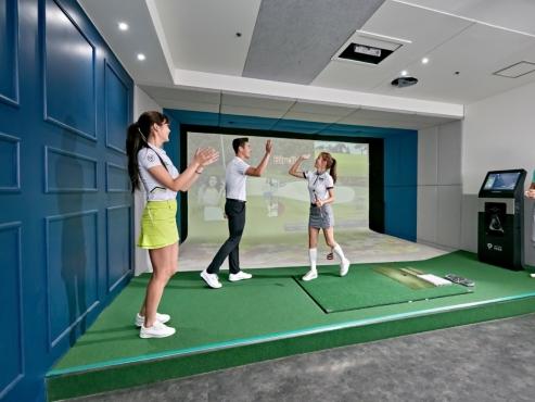The story behind Korea's 'screen golf'