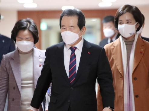 Korea attains higher percentage of female ministers than US, Japan