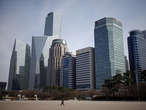 Women hold 7% of executive positions in S. Korea's finance sector