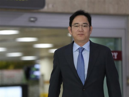 Samsung heir becomes richest Korean