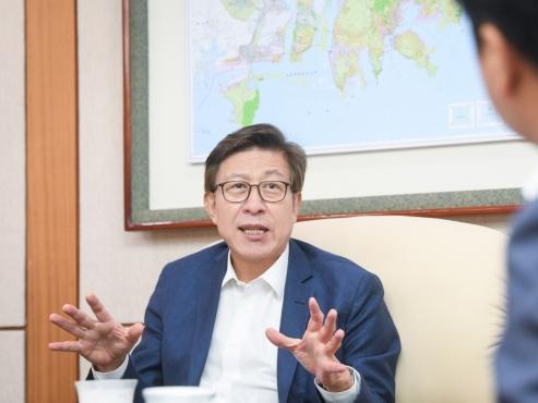 Busan Mayor Park Heong-joon maps out city's future in 2030 World Expo bid