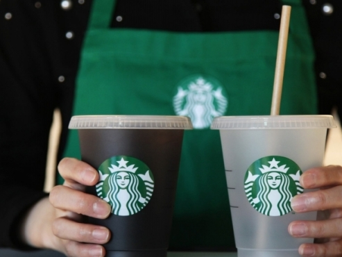 Emart in talks to take full control over Starbucks Korea