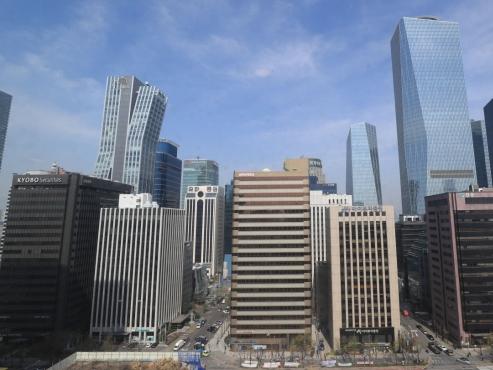 Chaebol families borrow almost W5tr against stocks