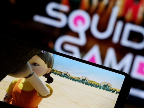 'Squid Game' success reignites debate over Netflix' free-riding on local networks