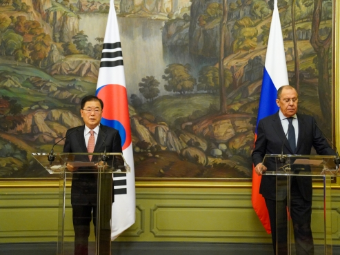 South Korea, Russia agree to cooperate on early resumption of talks with NK