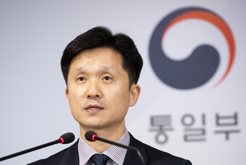 Seoul calls shots in engaging Pyongyang: official