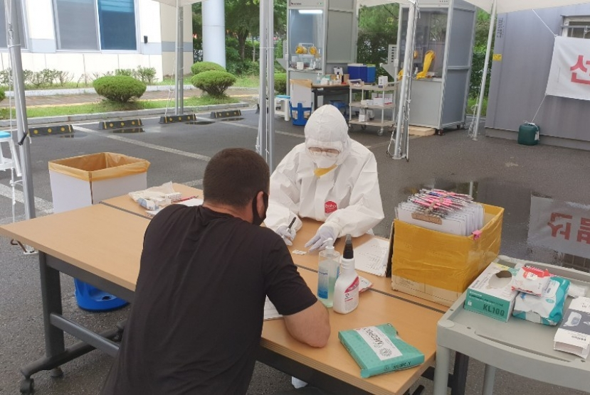 New virus cases over 30 for 2nd day as imported, local infections rise