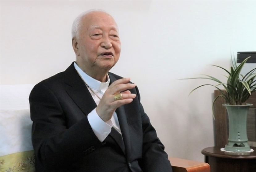 Cardinal Cheong Jin-suk hospitalized
