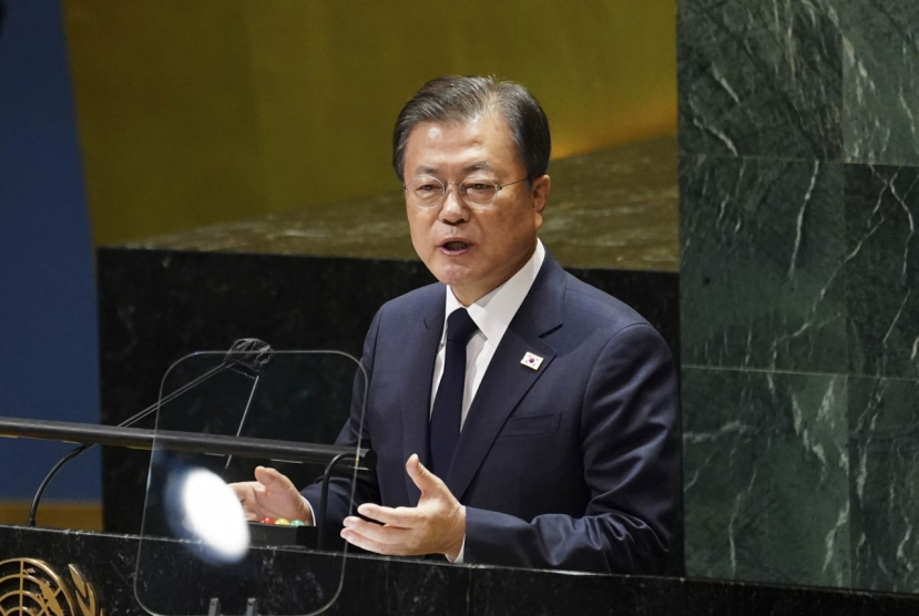 Moon proposes formal end to Korean War for irreversible progress in denuclearization efforts