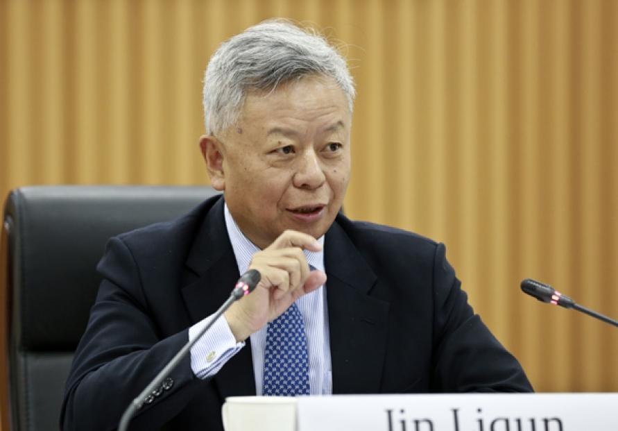 AIIB chief shrugs off bank skepticism