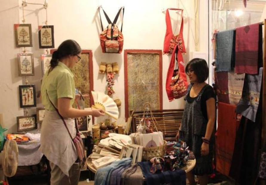 Passion for quality, authenticity propels souvenir business
