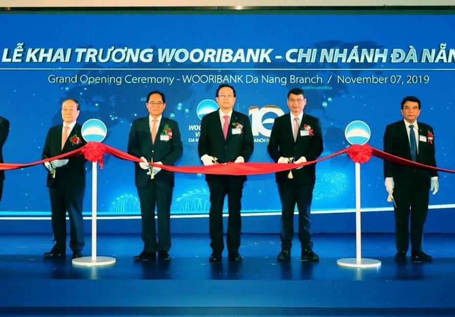 Woori Bank Vietnam celebrates office opening in Danang
