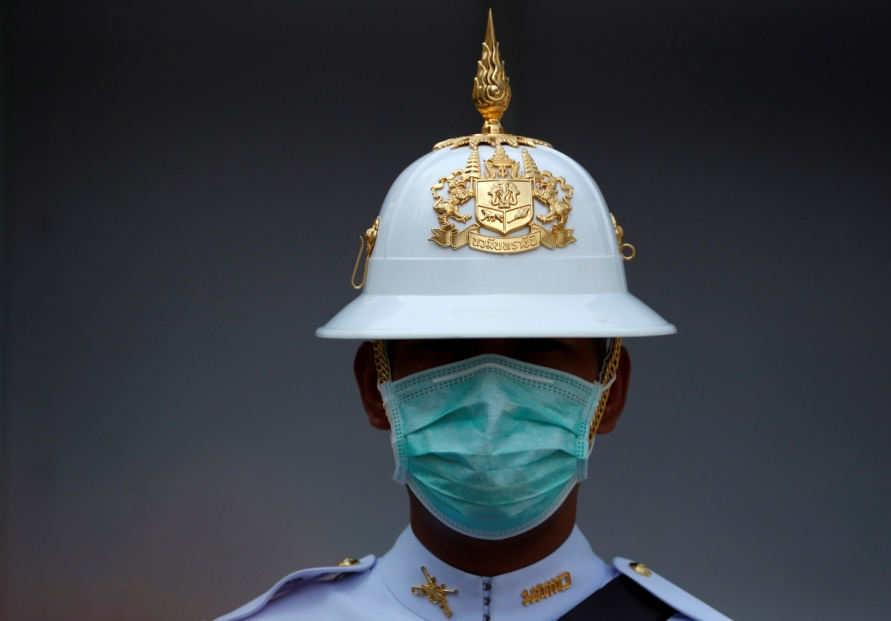 Thailand yields to virus fears, bars docking of cruise ship