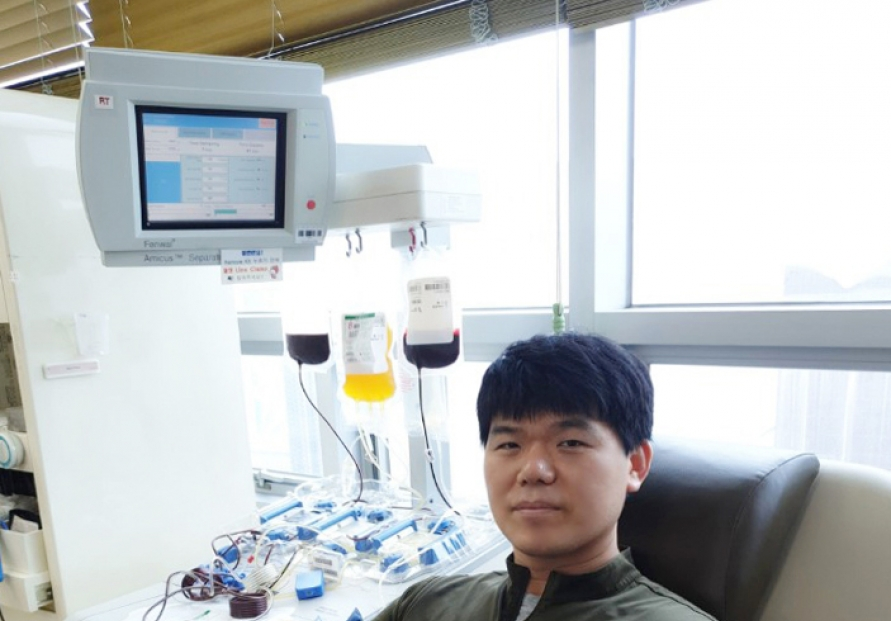Samsung SDI employee gets credit for giving blood more than 200 times