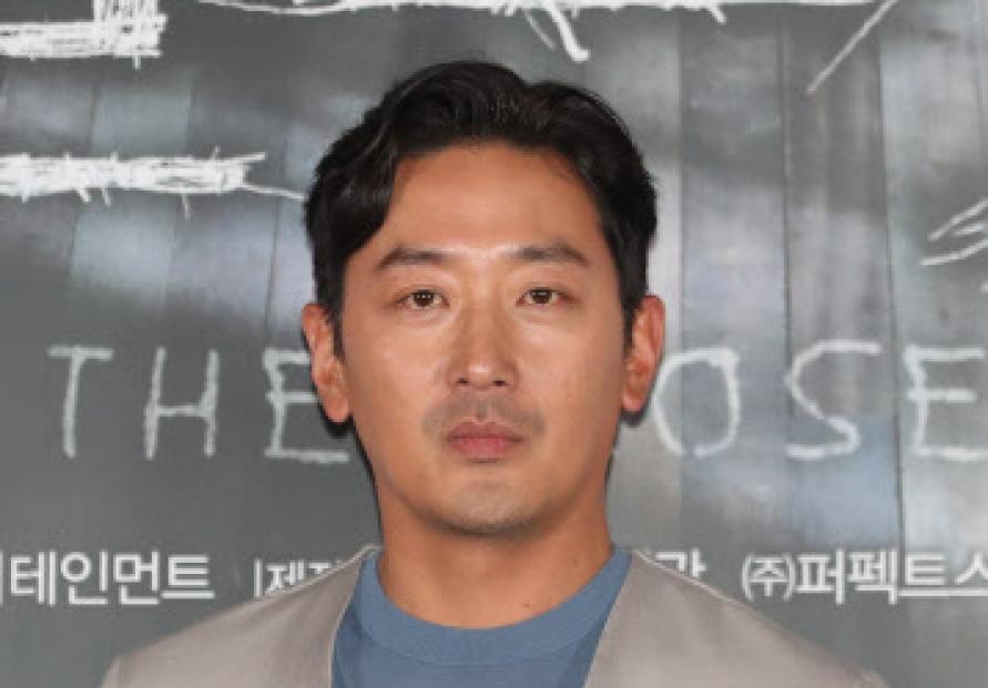[Newsmaker] Actor Ha Jung-woo denies illegal drug use