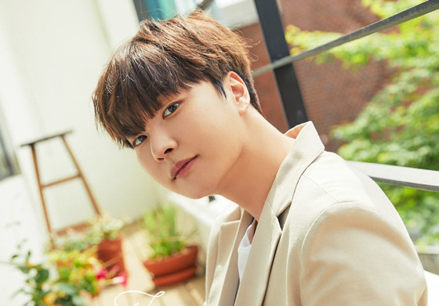 [Herald Interview] Ex-Boyfriend vocalist Jeongmin returns as singer-songwriter