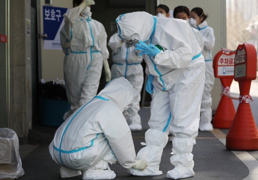 Coronavirus cases surpass 10,000