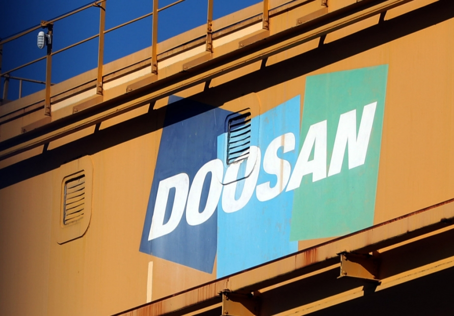 Doosan Heavy's biz shake-up stirs controversy