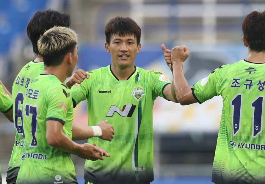 No changes at top and bottom of K League 1 table after wild weekend