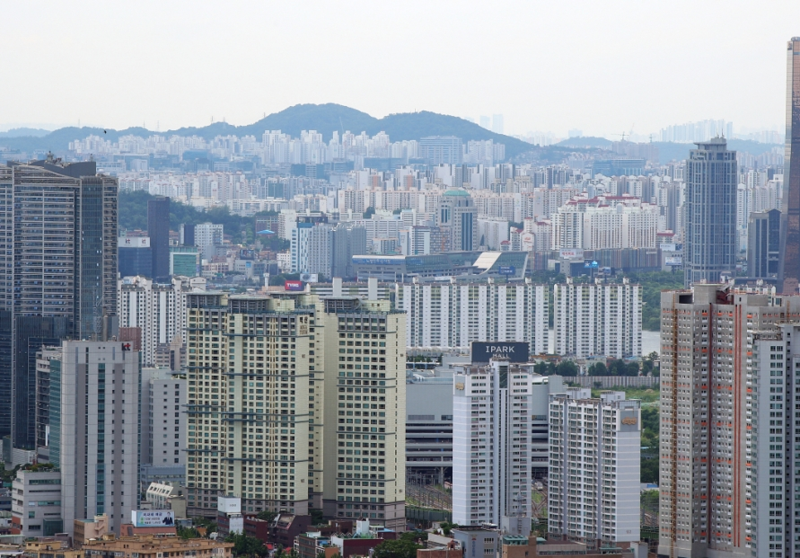 [Market Close-up] How is S. Korea's market taking the govt's housing policy blitz?
