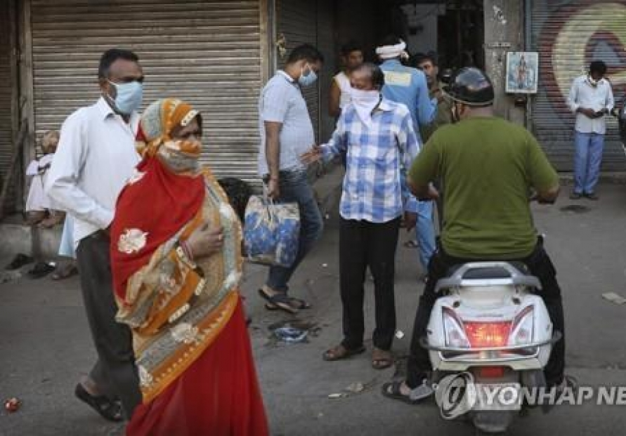 India passes 1 million virus cases as global crisis worsens