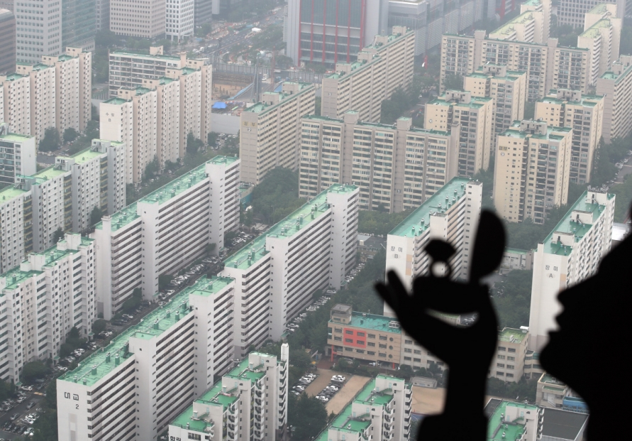 Ruling party seeks higher tax on foreign property speculators