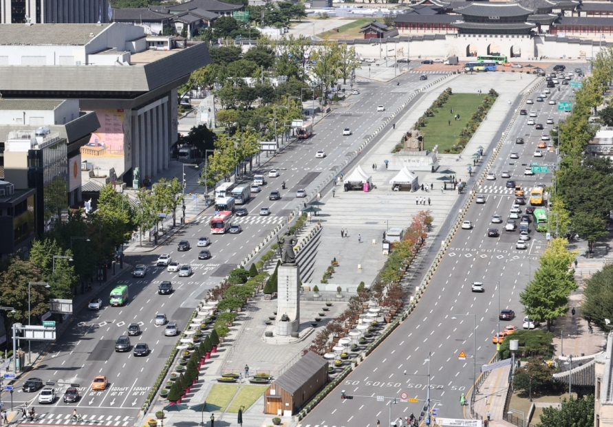 Seoul city to begin renovation project on Gwanghwamun Square next month