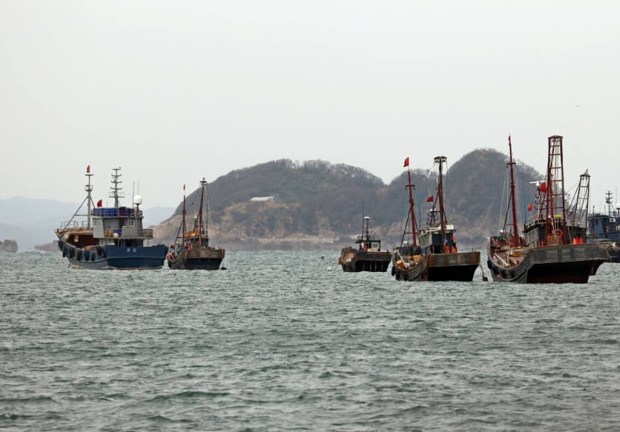 S. Korea to check working environment for foreign crewmen
