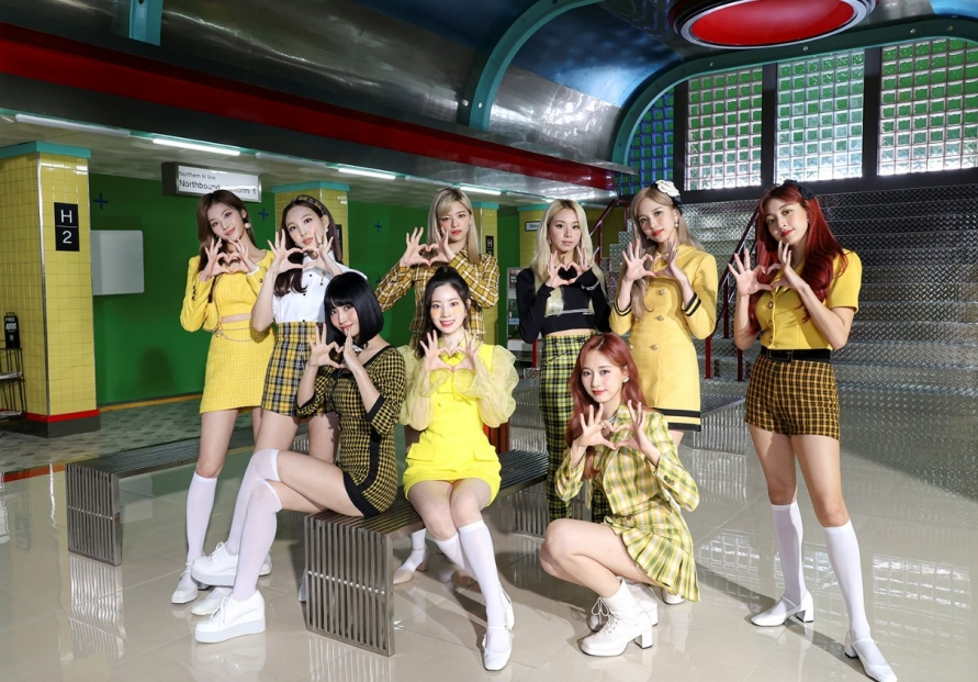 Twice in struggle between good and bad with 'I Can't Stop Me'