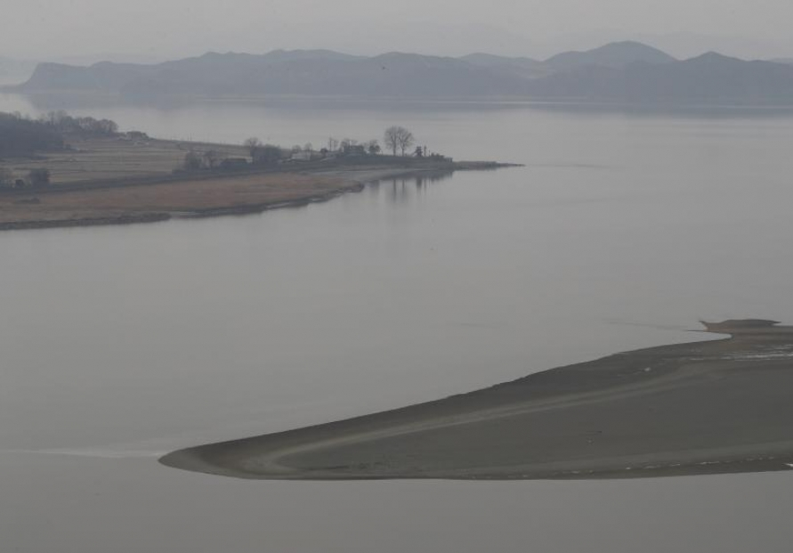 Unification ministry to launch ecological survey of Han River estuary next month