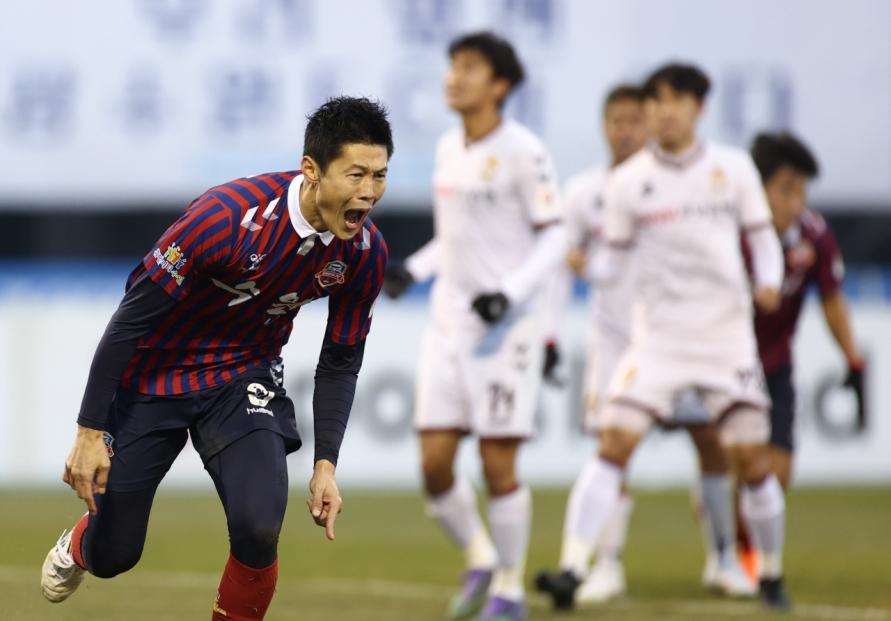 N. Korean int'l footballer wins MVP award in S. Korean league