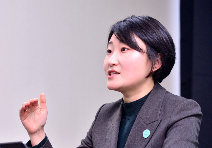 [Herald Interview] Young feminist runs for Seoul mayor