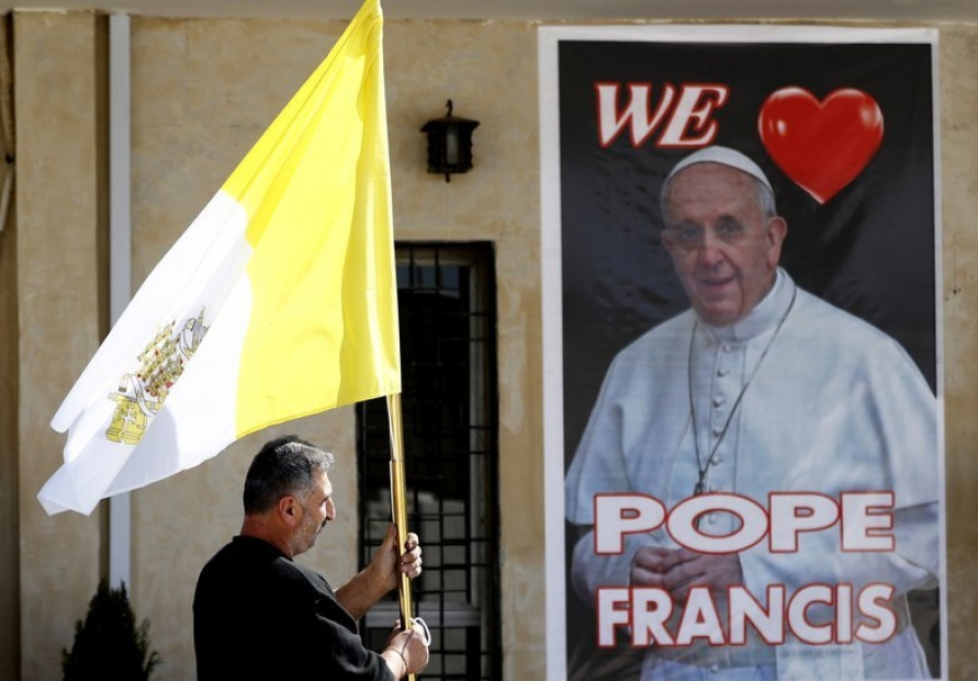 'Not a good idea:' Experts concerned about pope trip to Iraq